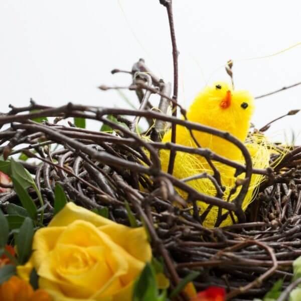 Påskebuket, blomstrende rede, detalje 3
