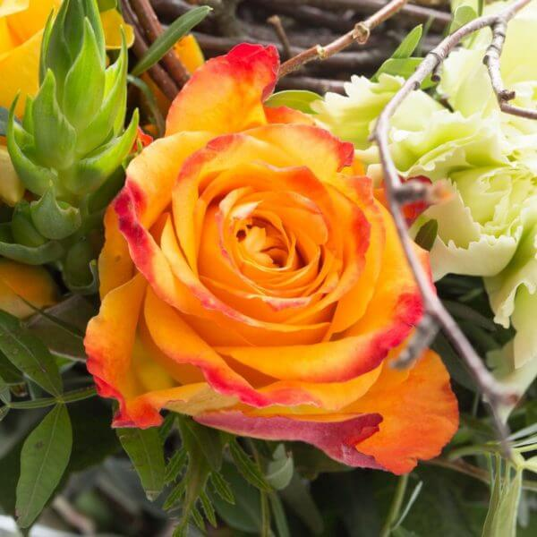 Påskebuket, blomstrende rede, detalje 2