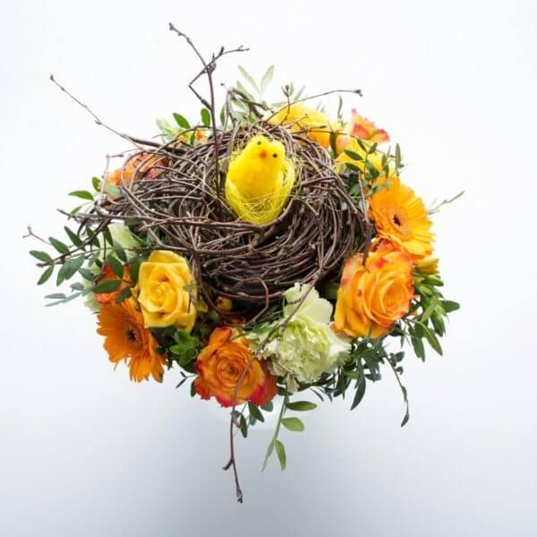 Påskebuket, blomstrende rede, ovenfra