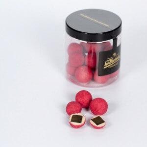 Lakrids med hvid chokolade hindbær og chili