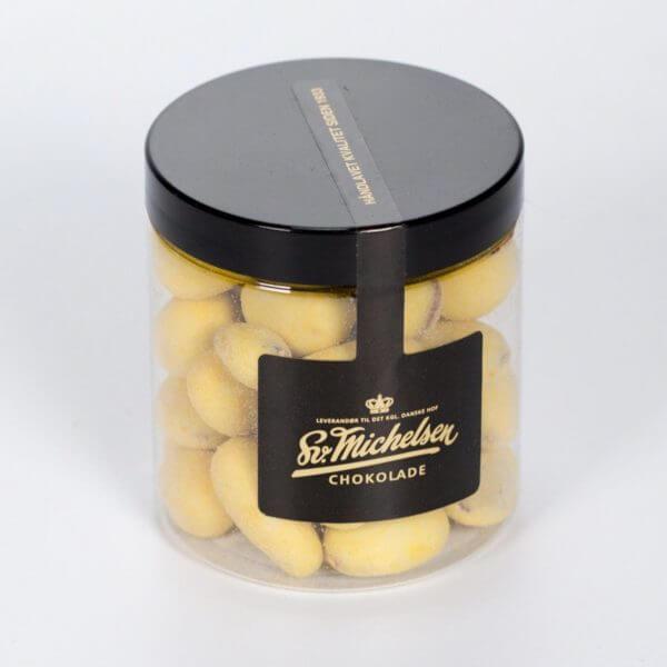 Fyldt chokolade med mandel, hvid chokolade og passionsfrugt fra Svend Michelsen Chokolade